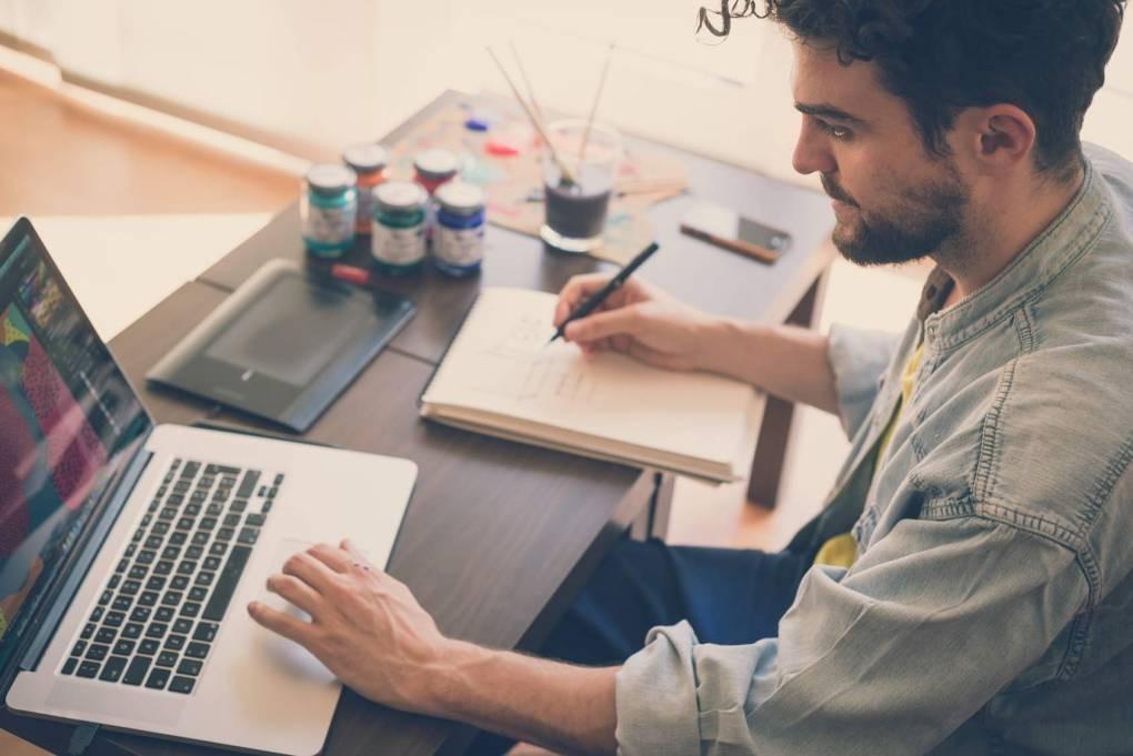 CV funkcjonalne - kiedy je wybrać + 7 rad jak napisać (Wzór i Przykłady)