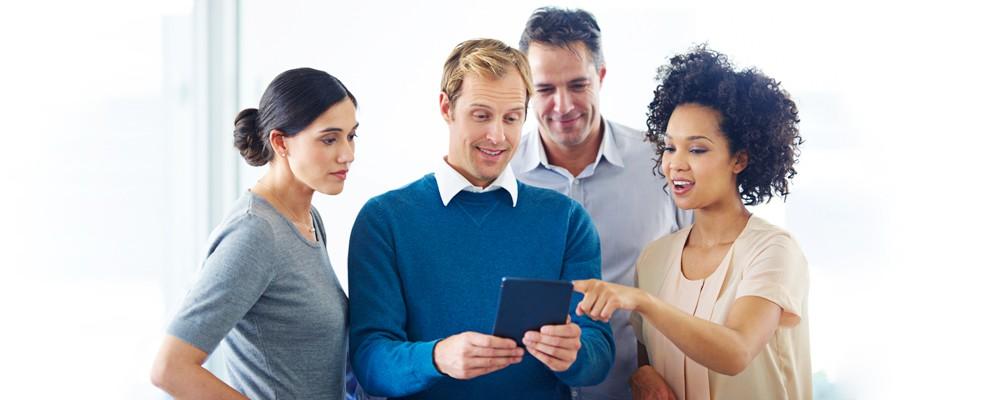 Bardzo dobre CV - Przepis na najlepsze CV od 12 ekspertów