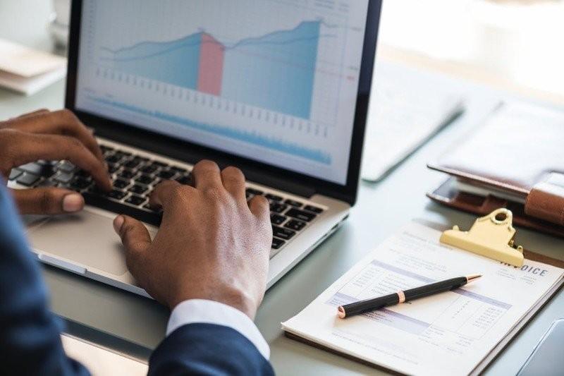 Twarde liczby: jak usprawnić biznes analizą danych