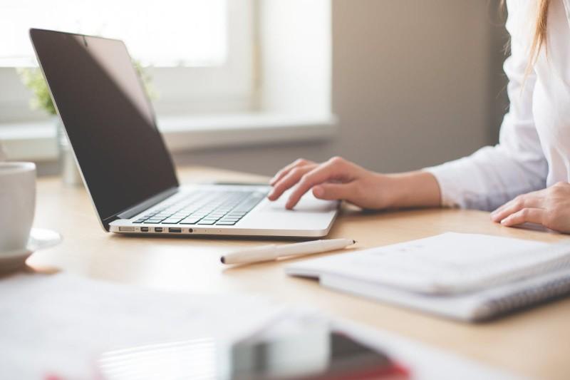 Creative CV templates - 16 szablonów, które zachwycają