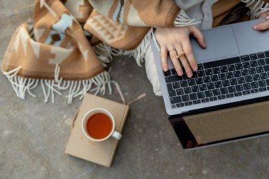 CV bez doświadczenia - jak napisać? Wzór i przykłady