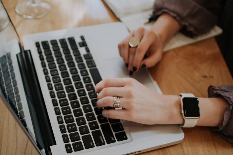 CV format: jak sformatować CV, żeby wyglądało lepiej niż inne?