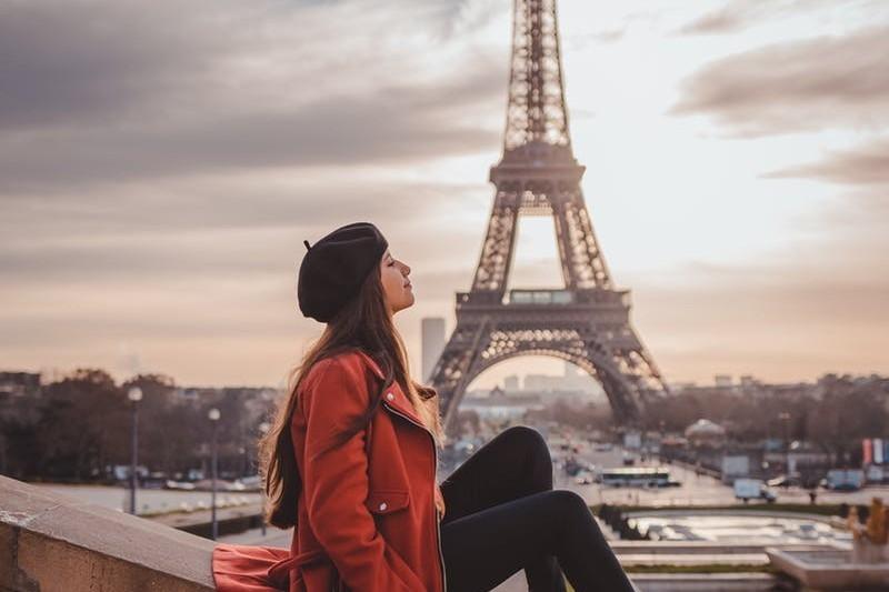 Jak napisać CV po francusku: wzór, przykłady, tłumaczenia zwrotów