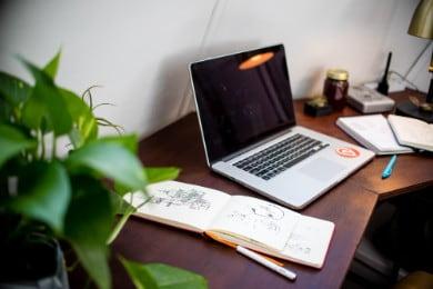 12 darmowych kreatorów CV online — Test funkcji za darmo
