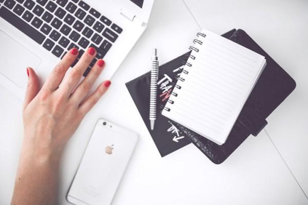 CV studenta - jak napisać pierwsze CV? Wzór i 10+ porad