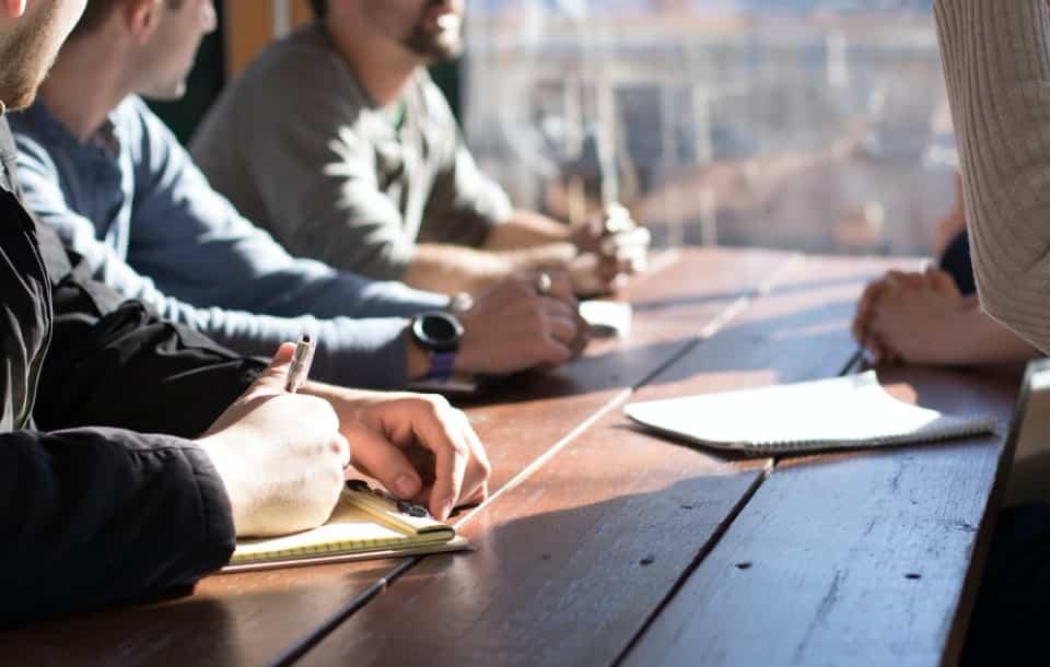 HR [Human Resources]: co to jest, jak wygląda praca działu HR