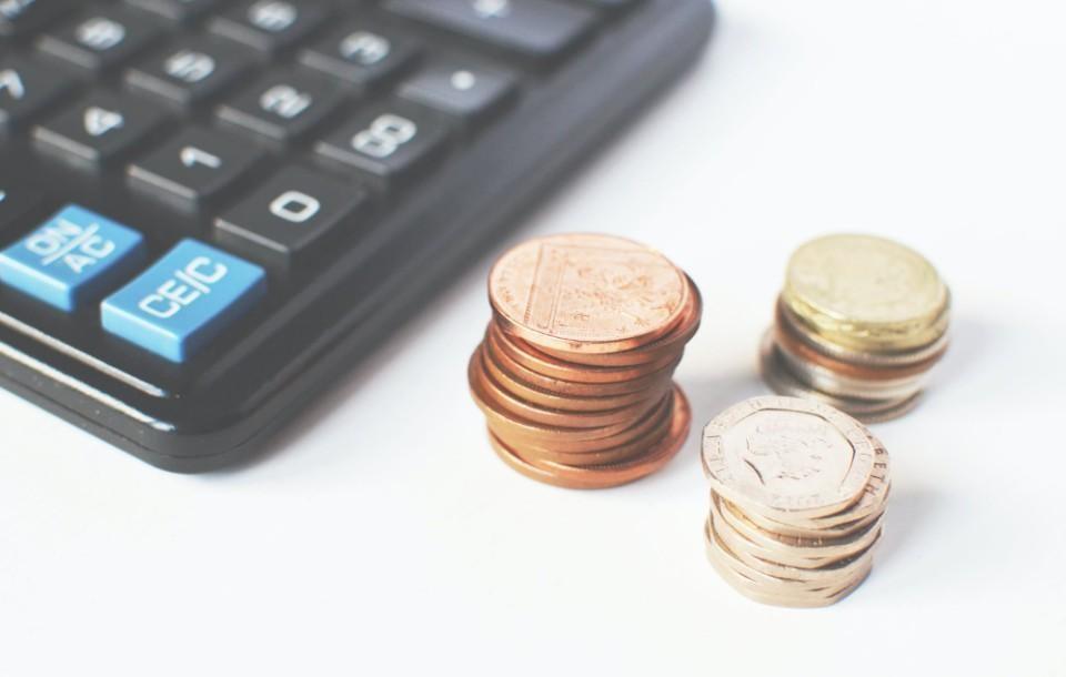 Ile może dorobić emeryt w 2021 roku? [Aktualne kwoty]