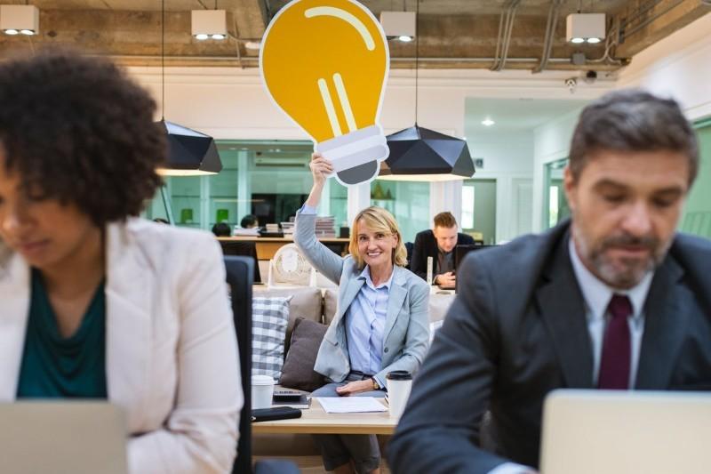 Jak zwiększyć kreatywność w pracy? 4 ćwiczenia i sprawdzone sposoby