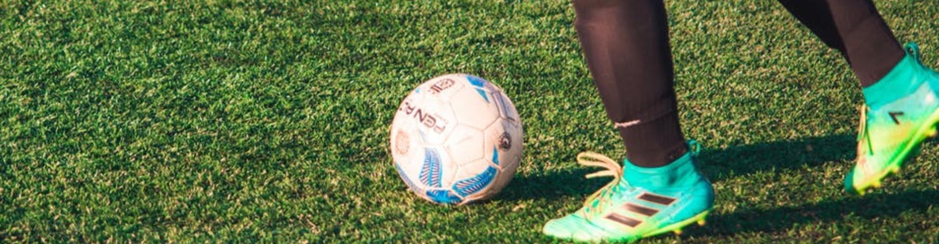 Sędzia piłkarski: jak zostać, jaki kurs wybrać, ile zarabia sędzia piłkarski