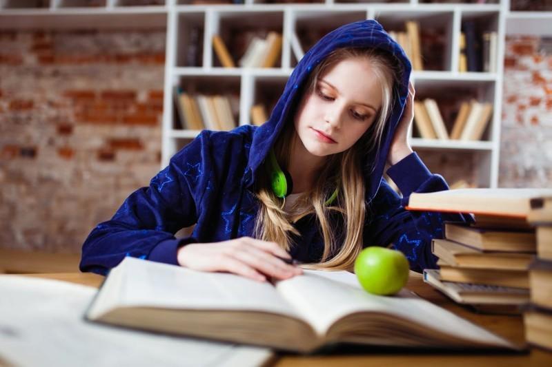 Kierunki studiów - które są przyszłościowe i opłacalne?