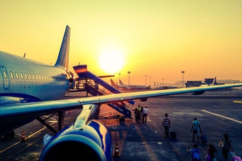 Kontroler ruchu lotniczego: zarobki, praca, wymagania, kurs PAŻP