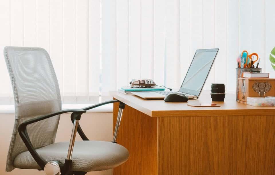 Likwidacja stanowiska pracy - odprawa i prawa pracownika