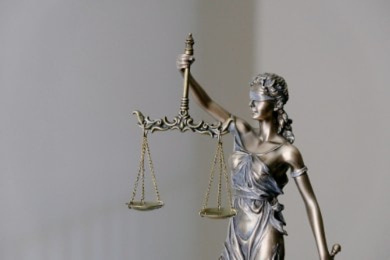 List motywacyjny do kancelarii prawnej: jak go napisać? [Wzór]