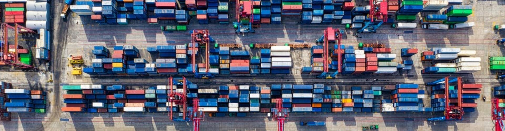 Praca logistyka - co to za branża, ile zarabia logistyk i co robi?