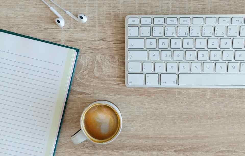 Modern CV template: 18+ nowoczesnych wzorów do pobrania