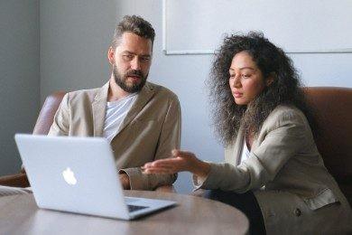 Nadgodziny wg Kodeksu pracy - ile płatne? Jak je rozliczać?