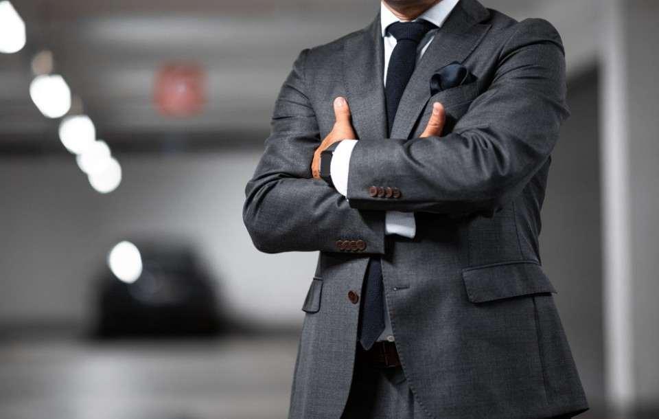 Nepotyzm — co to? Definicja i przykłady nepotyzmu w pracy