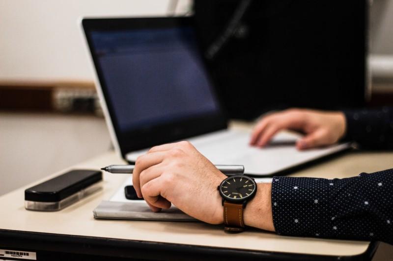 Podanie o pracę a list motywacyjny - 6 różnic i zastosowanie