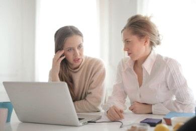 Podanie o zwolnienie z pracy: jak napisać, wzór (PDF), porady