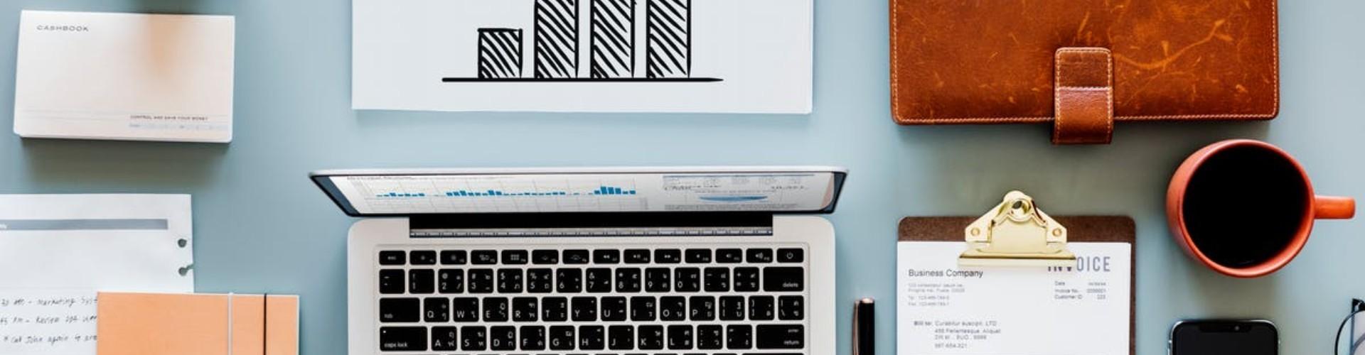 Praca na pół etatu — ile to godzin? Ile urlopu? Gdzie szukać pracy?