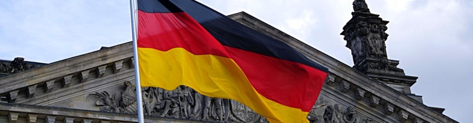 Praca Niemcy: sezon 2021 [opinie, zarobki w Niemczech, oferty]