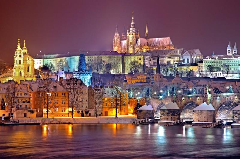 Czechy: praca dla Polaków. Opinie, zarobki i życie w Czechach