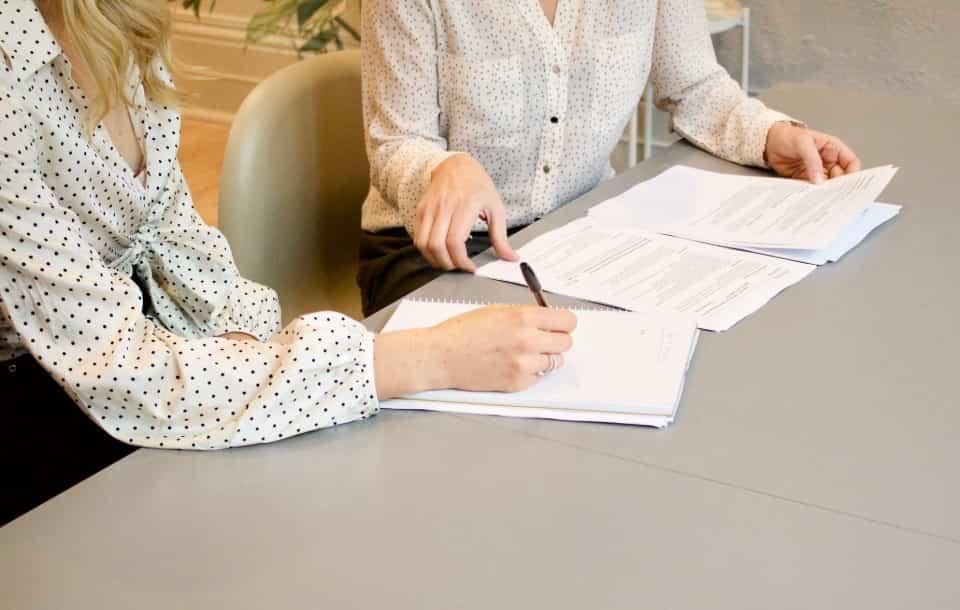 Pracownik administracyjno-biurowy - zakres obowiązków