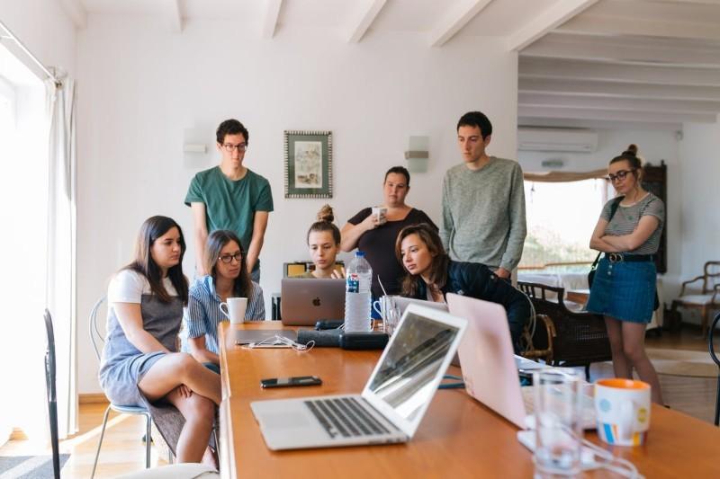 CV na praktyki (np. studenckie) + Jak wpisać wolontariat w CV