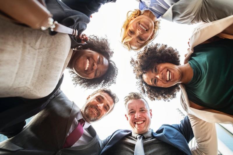 Jak zamienić znajomość z pracy w przyjaźń