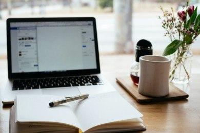 Rozwiązanie umowy o pracę na czas nieokreślony: wzór, zasady