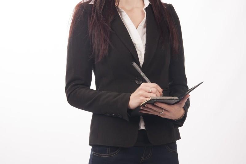 Sekretarka - zakres obowiązków w pracy, wymagania, zarobki, oferty