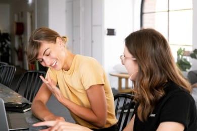 Umiejętności interpersonalne - przykłady zdolności [też do CV]