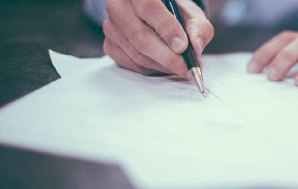 Umowa o pracę na czas nieokreślony: o czym warto wiedzieć?