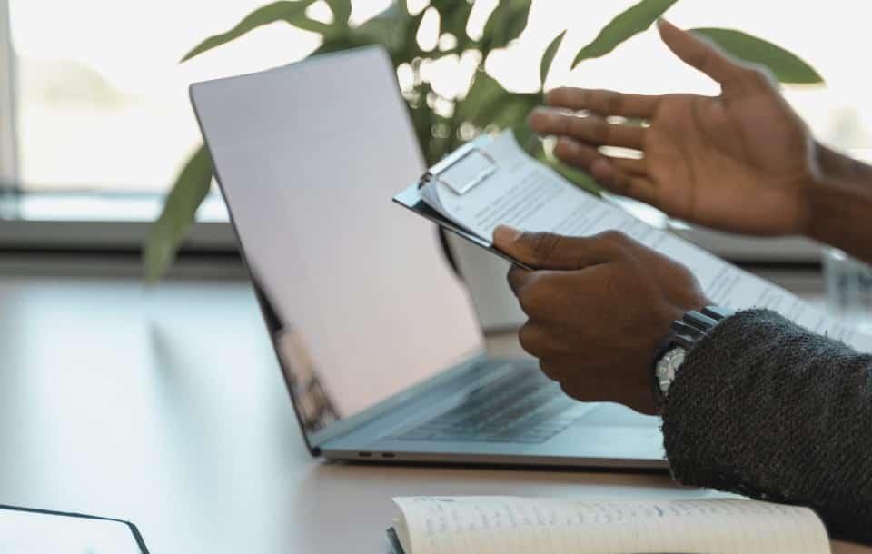 Umowa o pracę na okres próbny: opis, wzór, wypowiedzenie