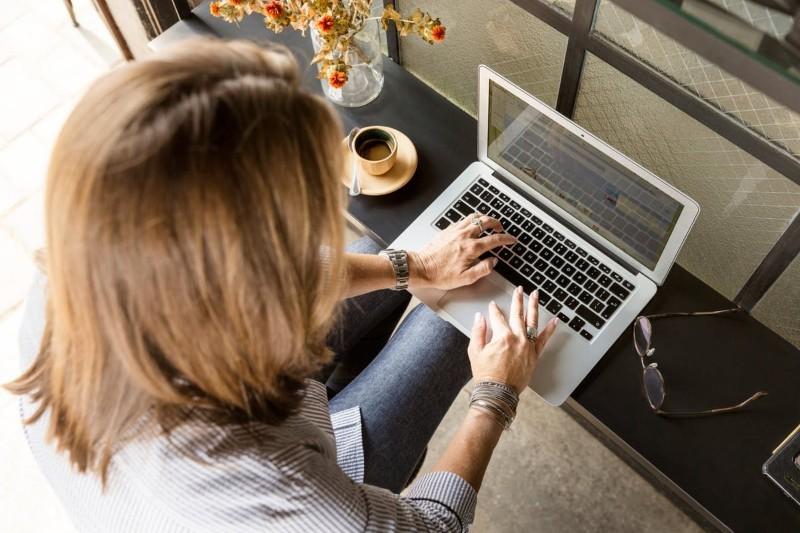 Urlop bezpłatny 2021 a ubezpieczenie i urlop wypoczynkowy