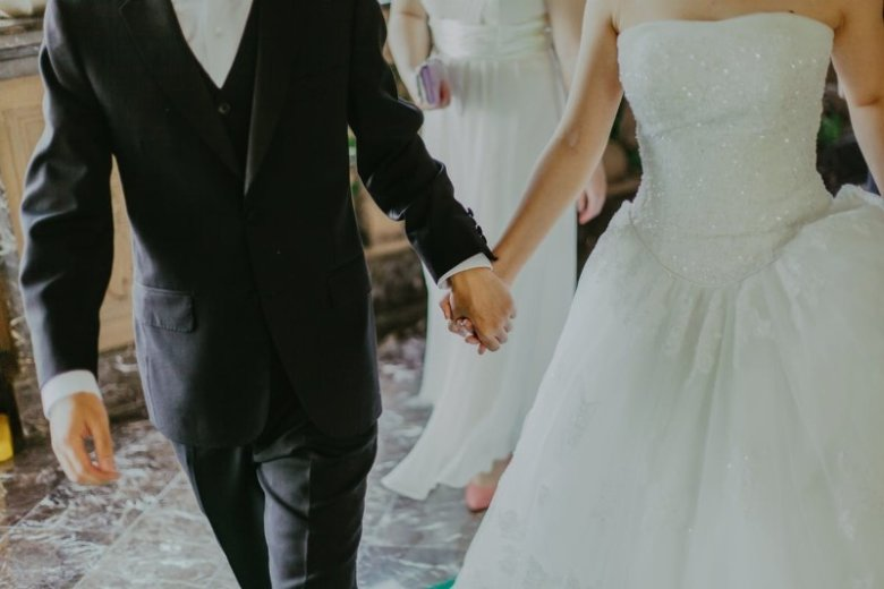 Urlop okolicznościowy 2021: ślub, urodzenie dziecka, pogrzeb