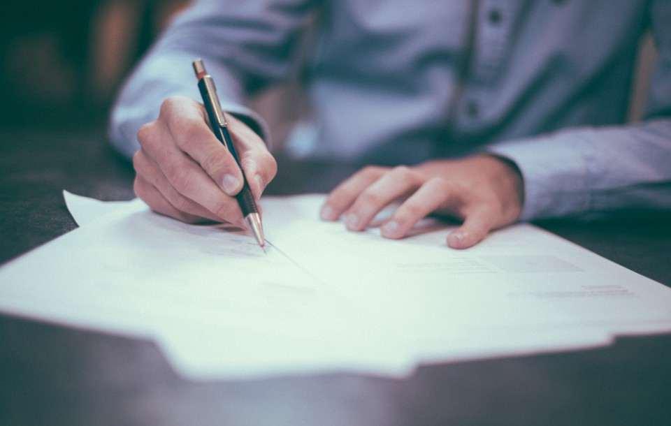 Zwolnienie z obowiązku świadczenia pracy - wzór 2021, urlop